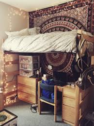 17 cool things you need to do to your dorm room in 2017 college