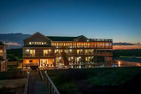 4 of the best obx wedding venues for less than 100 people