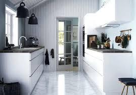 Cuisine Lambris - deco cuisine mur osez le mur en lambris deco murale cuisine ikea