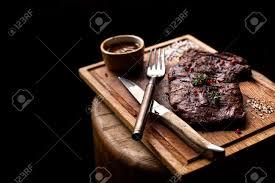 bureau steunk steak de b uf pièce de b uf bbq grillé mariné aux épices et herbes