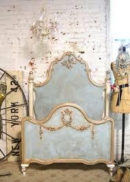 chambre style york le lit baroque en 40 photos romantiques shabby paint furniture