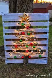 stick tree pallets