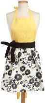 Cute Aprons For Women 76 Best Aprons Images On Pinterest Kitchen Aprons Ruffle Apron