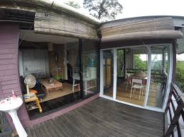 mendung escape chalets for rent in bau sarawak malaysia