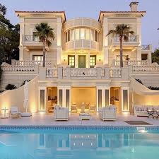 house with pool 15 luxury homes with pool millionaire lifestyle home gazzed