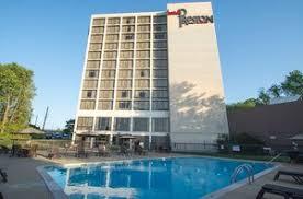 Comfort Inn Demonbreun Nashville Pet Friendly Hotels In Nashville Tn Free Pet Check Service