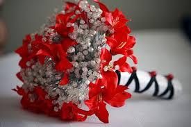 november seasonal flowers 15 flowers in season in december for wedding everafterguide