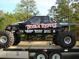 mud truck wallpaper trucks mud racing graphics and comments