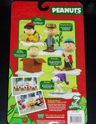 peanuts christmas characters peanuts brown christmas snoopy figure review infinite