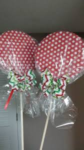 Christmas Outdoor Decorations Signs by 28 Best Diy Candy Decorations Images On Pinterest Christmas