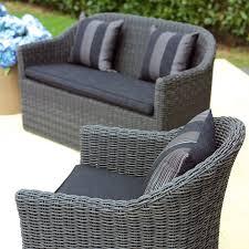 divanetti in vimini da esterno salotti da giardino in rattan set salotto divani da giardino in