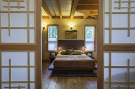 Small Bedroom Ideas For Couples by Small Bedroom Decorating Ideas On A Budget Modern Wooden Designs