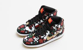these nike sneakers are modeled after ugly christmas sweaters si com