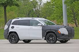 jeep trackhawk grey 2018 jeep cherokee prototype hints at single unit headlights