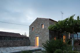 wiki terraced house upcscavenger in downtown montr c3 a3 c2 nogueiras house from rustic barn to contemporary small home sofia parente andr c3 a3 home decor