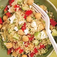 cuisiner pois chiche salade de couscous aux légumes et aux pois chiches ricardo
