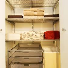 placard de rangement pour chambre 7 conseils pour optimiser le rangement dans un placard astuces déco