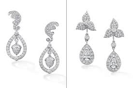kate middleton s earrings up kate and pippa middleton s royal wedding bling