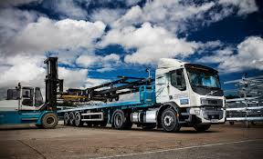 volvo uk volvo fe 4 2 tractor units are crème de chassis fleet uk haulier