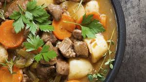 cuisine irlandaise typique recette de l stew le ragoût d agneau irlandais l express styles