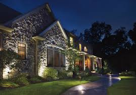 Landscaping Ideas For Front Of House by Ten Landscape Lighting Tips For Curb Appeal That U201cwow U0027s U201d