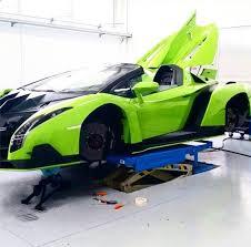 price of lamborghini veneno roadster lamborghini builds veneno roadster in the colour verde singh