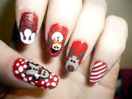 16 gorgeous and easy nail art ideas for christmas christmas