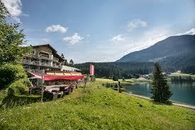 Schlafzimmerm El Ch Hotel Restaurant Seebüel Davos Direkt Am Davosersee