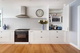 white kitchen cupboards black bench 35 htons style kitchen ideas kitchen islands tiling