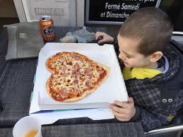 amour de cuisine pizza chez fifi c est que de l amour venez pizza faites avec amour et