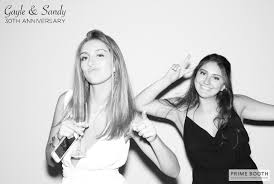 the viceroy hotel santa monica black and white photo booths