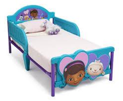 Doc Mcstuffins Toddler Bed Set Doc Mcstuffins Bedding For The Cool