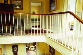 Banister On Stairs 2017 Stairs Repair Costs Price To Fix Stairways U0026 Railings