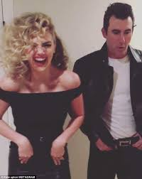 Danny Sandy Halloween Costume Kate Upton Fiance Justin Verlander Transform Grease U0027s