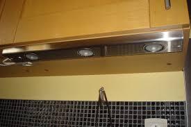 le sous meuble cuisine eclairage meuble cuisine cuisine sous armoire comptoir led clairage