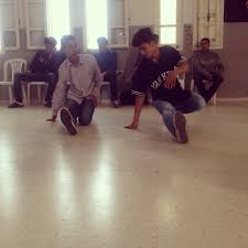 Hit The Floor Quan - in the spotlight breakdancing and hope in tunisia public