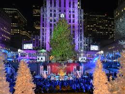 see photos of the rockefeller center tree lighting