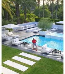 mayweather house tour is vera sidika staying at floyd mayweather u0027s house in beverley