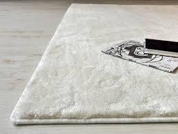 tappeti di pelliccia idee per tappeti fatti a mano particolari tappeto su misura