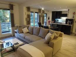 deco salon cuisine ouverte cuisine moderne ouverte sur salon affordable dcoration salon