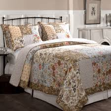 Bedroom Linens And Curtains Bedroom Quilts And Curtains Ideas Also Picture Duvet Curtain Sets