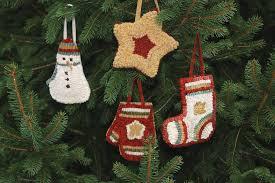 primitive ornaments rughookingmagazine