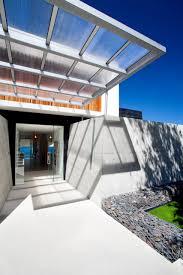 Beach House Designs Bold Exterior Beach House With Minimalist Interiors