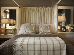 sweet romantic bedroom ideas for married couples using king sized