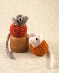 lucyravenscar crochet creatures little pumpkin mice free