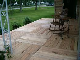 terasse en palette 20 idées pour recycler vos palettes en bois la terrasse sur l