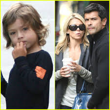 kelly ripa children pictures 2014 kelly ripa mark consuelos celebrate their son s middle school