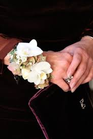prom wrist corsage ideas 28 best boutonnieres corsages images on boutonnieres