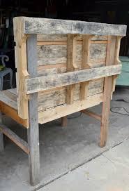 fabriquer cuisine exterieure cuisine en bois pour enfant en 20 idées d aménagement
