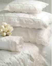 Linens And Things Duvet Covers Best 25 White Lace Bedding Ideas On Pinterest Lace Bedding